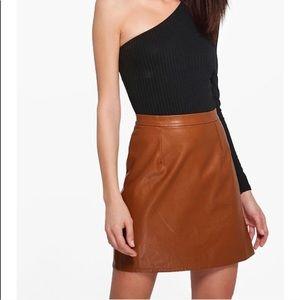 Boohoo Haviva Leather Look A Line Mini (NB24K3A)